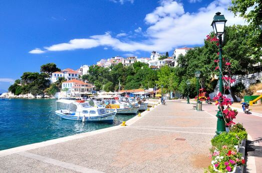 Manos Holidays to Skiathos